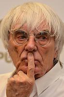 """ATENÇÃO EDITOR FOTO EMBARGADA PARA VEÍCULOS INTERNACIONAIS - SAO PAULO, SP, 22 DE NOVEMBRO DE 2012 – LANÇAMENTO DO LIVRO OFICIAL DA F1:  Bernie Ecclestone  durante lançamento do livro """"Formula 1™ Opus"""" no Brasil, livro oficial da Fórmula 1™, e anúncio da joint venture firmada entre as editoras Toriba Editora e a Opus (UK) na noite desta quinta feira (22) no Hotel Transamerica em São Paulo . FOTO: LEVI BIANCO - BRAZIL PHOTO PRESS"""