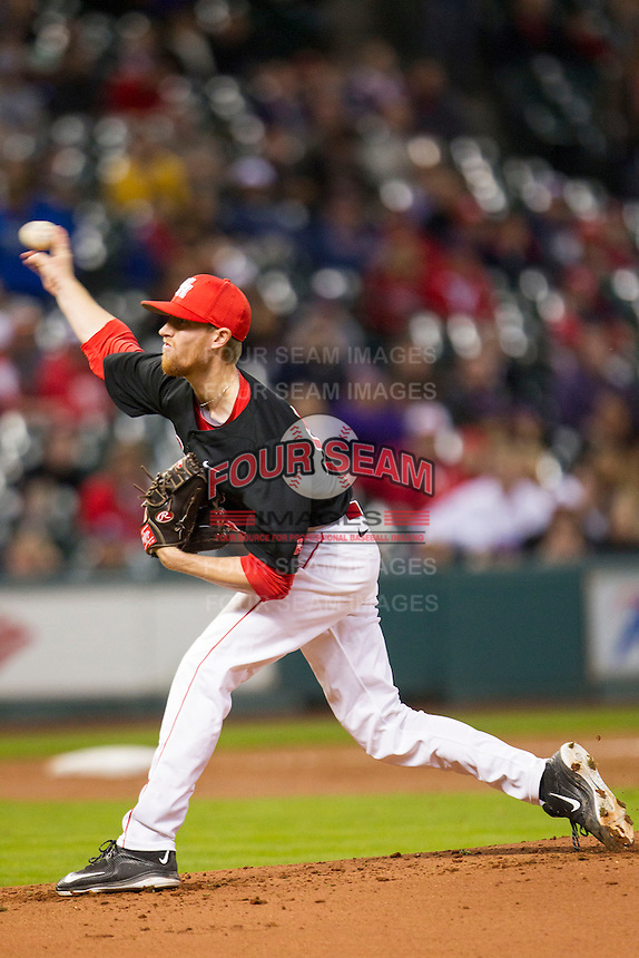 Houston Cougars pitcher Andrew Lantrip (13) delivers a pitch to the plate during the NCAA baseball game against the LSU Tigers on March 6, 2015 at Minute Maid Park in Houston, Texas. LSU defeated Houston 4-2. (Andrew Woolley/Four Seam Images)