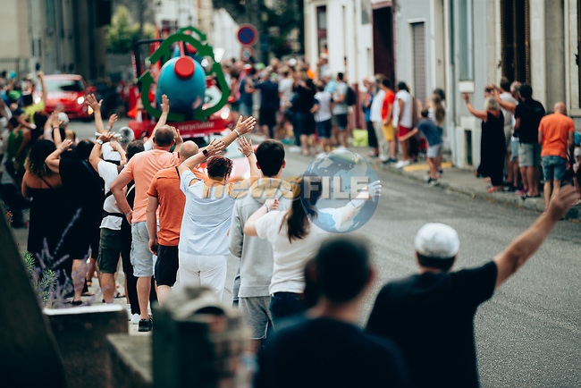 Publicity caravan hands out goodies during Stage 15 of the 2019 Tour de France running 185km from Limoux to Foix Prat d'Albis, France. 20th July 2019.<br /> Picture: ASO/Thomas Maheux | Cyclefile<br /> All photos usage must carry mandatory copyright credit (© Cyclefile | ASO/Thomas Maheux)