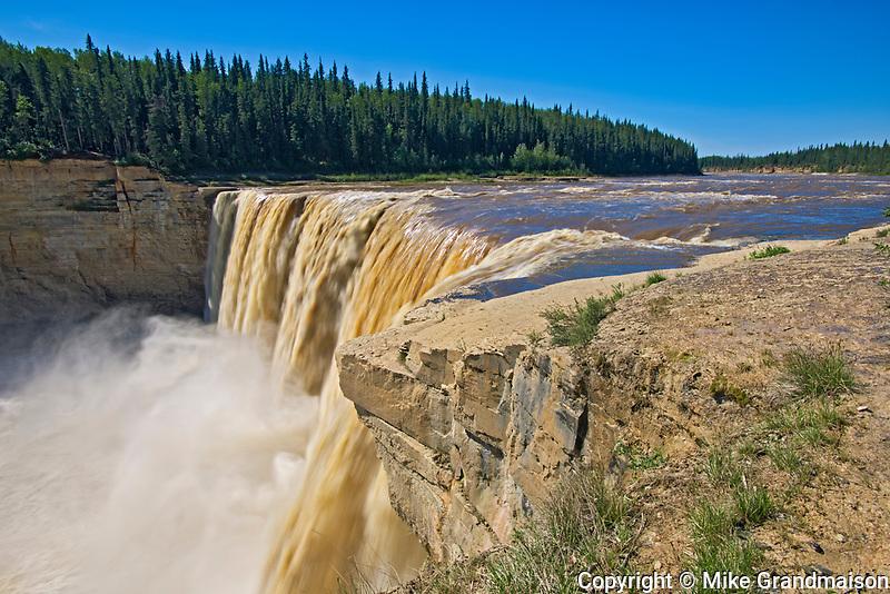 Alexandra Falls, Twin Falls Gorge Territorial Park, Northwest Territories, Canada