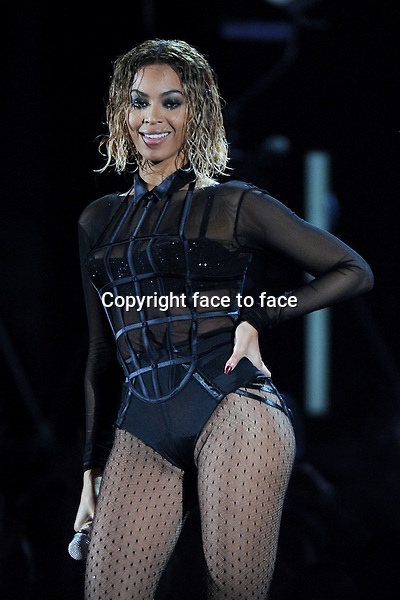 LOS ANGELES, CA - JANUARY 26 : Beyonce performs onstage at The 56th Annual GRAMMY Awards at Staples Center on January 26, 2014 in Los Angeles, California. <br />