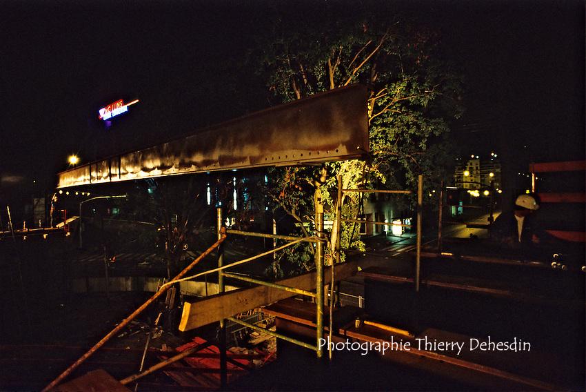 1989-1994; Issy Les Moulineaux; La Ferme; Construction du pont du tram Place de la Résistance