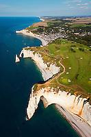 Vol au-dessus du littoral de Seine Maritime (Normandie, France)  Flight above the shores of Seine Maritime (Normandy, France)