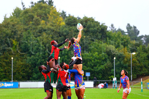 23.08.2015. Dublin, Ireland. Women's Sevens Series Qualifier 2015. Kenya versus Colombia<br /> Catalina Arango (Colombia) gets to the lineout ball.