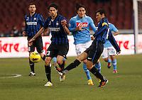 NAPOLI 25/01/2012 - COPPA ITALIA  2011/2012  QUARTI. INCONTRO NAPOLI - INTER. NELLA FOTO   ANDREA RANOCCHIA  EDINSON CAVANI    JAVIER ZANETTI1.FOTO CIRO DE LUCA