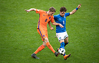 Wouter Burger (Feyenoord) of Holland U17 & Edoardo Vergani (Internazionale) of Italy U17 during the UEFA Under-17 Championship FINAL match between Italy and Netherlands at the New York Stadium, Rotherham, England on 20 May 2018. Photo by Andy Rowland.