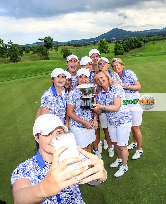 Olivia Mehaffey and the team pose for seplhie after the Sunday Singles matches at the 2016 Curtis cup from Dun Laoghaire Golf Club, Ballyman Rd, Enniskerry, Co. Wicklow, Ireland. 12/06/2016.<br /> Picture Fran Caffrey / Golffile.ie<br /> <br /> All photo usage must carry mandatory copyright credit (&copy; Golffile | Fran Caffrey)