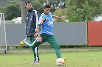 SAO PAULO, 29 DE MARCO DE 2013 - TREINO PALMEIRAS - O jogador Mauricio Ramos durante treino do Palmeiras, no CT da Barra Funda, região oeste da capital, na manha desta sexta feira, 29. (FOTO: ALEXANDRE MOREIRA / BRAZIL PHOTO PRESS)