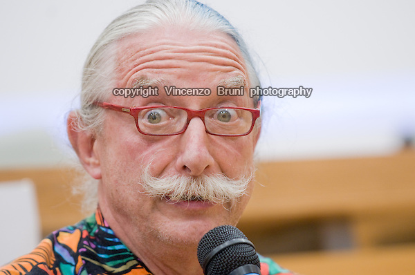 """Dr Hunter Campbell """"Patch"""" Adams attends a seminar at the University of Rome on May 3, 2010,"""