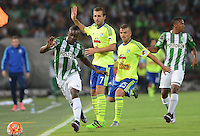 MEDELLÍN -COLOMBIA-01-03-2016. Marlos Moreno (Izq) jugador de Atlético Nacional de Colombia disputa el balón con Horacio Calcaterra (C) y Gabriel Costa (Der) jugador de Sporting Cristal de Perú durante partido por la fecha 2, G4, de la Copa Bridgestone Libertadores 2016 jugado en el estadio Atanasio Girardot de la ciudad de Medellín. / Marlos Moreno (L) player of Atletico Nacional of Colombia fights for the ball with Horacio Calcaterra (C) and Gabriel Costa (R) player of Sporting Cristal of Peru during a match for the date 2, G4, of the Copa Bridgestone Libertadores 2016 played at Atanasio Girardot stadium in Medellin city. Photo: VizzorImage/ León Monsalve /Str