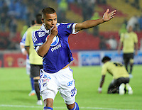 BOGOTÁ -COLOMBIA, 19-04-2013. Jhony Ramírez de Millonarios celebra el primer gol ante Itagüi durante partido de la fecha 12 Liga Postobón 2013-1./ Jhony Ramírez of Millonarios celebrates the first goal against Itagüi during match of the12th date of Postobon  League 2013-1. Photo: VizzorImage/Felipe Caicedo/Staff