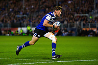 Rhys Priestland of Bath Rugby runs in a try in the first half. Gallagher Premiership match, between Bath Rugby and Exeter Chiefs on October 5, 2018 at the Recreation Ground in Bath, England. Photo by: Patrick Khachfe / Onside Images