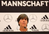 Bundestrainer Joachim Loew (Deutschland Germany) immer noch unschlüssig bei der Nominierung der Mannschaft für die WM - 01.06.2018: Pressekonferenz der Deutschen Nationalmannschaft zur WM-Vorbereitung in der Sportzone Rungg in Eppan/Südtirol
