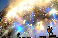 With Full Force XVI Festival Open Air - Roitzschjora / Löbnitz bei Leipzig - 40.000 metal heads join the biggest metal festival in eastern germany - ca 40.000 Besucher sind zur alljährlichen Ohrenmassage auf dem Segelflugplatz erschienen- im Bild: Headliner Dimmu Borgir haut am Freitagabend den Fans die Ohren weg  . Foto: Norman Rembarz..