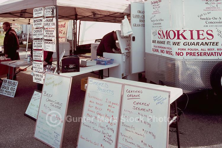 Kelowna Farmers' and Crafters' Market, Kelowna, BC, British Columbia, Canada