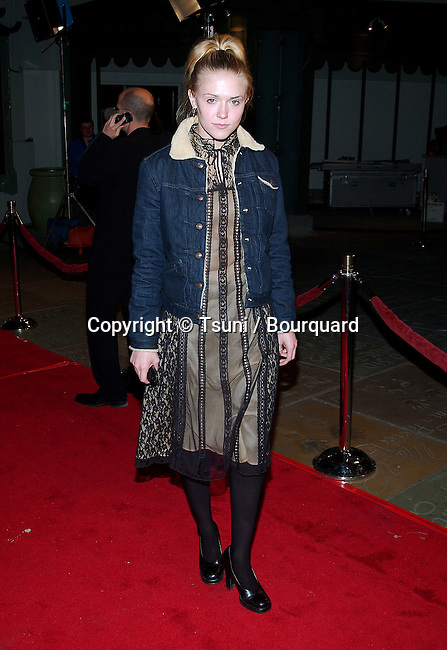 Domnique Swain arriving at the premiere of A Walk to Remember at the Chinese Theatre in Los Angeles. January 23, 2002. SwainDominique01B.JPG