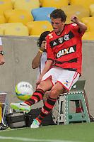 RIO DE JANEIRO, RJ, 25.01.2014 - Elano estreando pelo Flamengo durante a partida pela terceira rodada do Campeonato Carioca diante do Duque de Caixas no Estádio Maracanã neste sábado. (Foto: Néstor J. Beremblum / Brazil Photo Press)