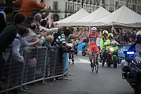 Red jersey wearer Giacomo Nizzolo (ITA/Trek-Segafredo) finally wins a stage this Giro, but will later be disqualified by the UCI-jury for 'irregular' (deviating from his line) sprinting<br /> <br /> stage 21: Cuneo - Torino 163km<br /> 99th Giro d'Italia 2016