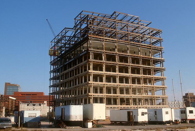 1983 November 01..Redevelopment...Downtown West (A-1-6)..WORLD TRADE CENTER PARKING GARAGE...NEG#.NRHA#..