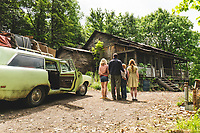 The Glass Castle (2017)<br /> From L to R: Naomi Watts as &quot;Rose Mary Walls,&quot; Woody Harrelson as &quot;Rex Walls,&quot; Charlie Shotwell as &quot;Young Brian,&quot; and Sadie Sink as &quot;Young Lori&quot;<br /> *Filmstill - Editorial Use Only*<br /> CAP/FB<br /> Image supplied by Capital Pictures