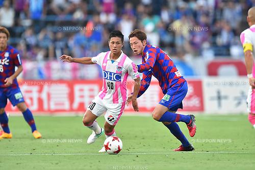 Yuji Ono (Sagan), Ryo Shinzato (Ventforet),<br /> JULY 2, 2017 - Football / Soccer :<br /> 2017 J1 League match between Ventforet Kofu 0-0 Sagan Tosu at Yamanashi Chuo Bank Stadium in Yamanashi, Japan. (Photo by AFLO)