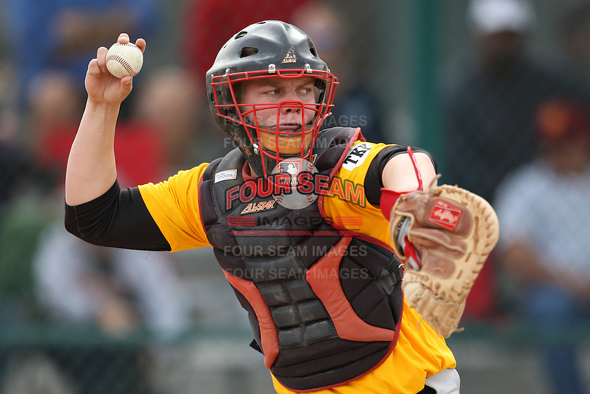 January 16, 2010:  Gunnar Vandenbossche (Murrieta, CA) of the Baseball Factory California Team during the 2010 Under Armour Pre-Season All-America Tournament at Kino Sports Complex in Tucson, AZ.  Photo By Mike Janes/Four Seam Images