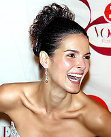 Angie Harmon, 2002, Photo By John Barrett/PHOTOlink