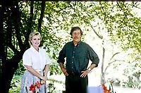 """Marie Christine Barrault actress, Jean Rochefort actor. """"La prossima volta il fuoco"""" Diretto da regista Fabio Carpi. Pordenone (Località Panicai) giugno 1993. © Leonardo Cendamo"""