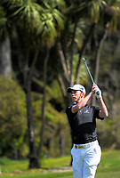 Dan Hillier (NZ) plays to the 7th green on day one of the 2017 Asia-Pacific Amateur Championship day one at Royal Wellington Golf Club in Wellington, New Zealand on Thursday, 26 October 2017. Photo: Dave Lintott / lintottphoto.co.nz