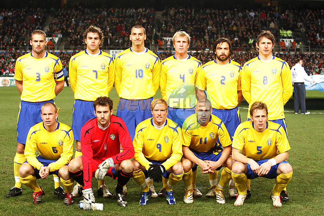 Dublin Ireland, Sweeden Team Back L to R, 3 Olof Mellberg, 7 Johan Elmander, 10 Zlatan Ibrahimovic, 2 Alexander Ostlund, 8 Kim Kallstrom, Front L to R 6 Tobias Linderoth, 1 Andreas Isaksson, 9 Christian Wilhelmsson, 11 Henrik Larsson and 5 Erik Edman. for the friendly international match in Lansdowne Road Dublin 1/3/06..Photo EPA Aiden Crawley..(Photo credit should read EPA Photo/Aiden Crawley...This Picture has been sent you under the condtions enclosed by:.Newsfile Ltd..the Studio,.Millmount Abbey,.Drogheda,.Co Meath..Ireland..Tel: +353(0)41-9871240.Fax: +353(0)41-9871260.GSM: +353(0)86-2500958.email: pictures@newsfile.ie.www.newsfile.ie.FTP: 193.120.102.198..This picture is from Fran Caffrey@newsfile.ie