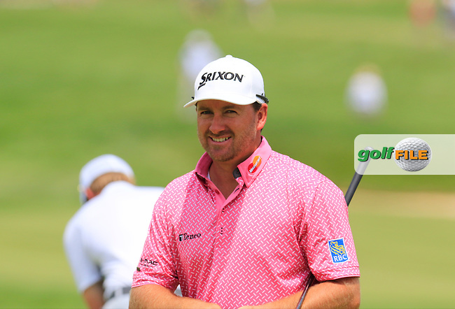 Graeme McDowell (NIR) at the 11th green during Wednesday's Practice Day of the 2016 U.S. Open Championship held at Oakmont Country Club, Oakmont, Pittsburgh, Pennsylvania, United States of America. 15th June 2016.<br /> Picture: Eoin Clarke | Golffile<br /> <br /> <br /> All photos usage must carry mandatory copyright credit (&copy; Golffile | Eoin Clarke)