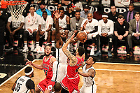 NEW YORK, USA - APRIL 8: Denzel Valentine of the Chicago Bulls against Quincy Icy Brooklyn Nets during the game at Barclays Center in Brooklyn, New York on April 8, 2017 (Photo: William Volcov Brazil Photo Press)