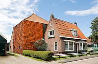 Nederland Westzaan. 2016. Schuur in typisch Zaanse stijl. . Foto Berlinda van Dam / Hollandse Hoogte