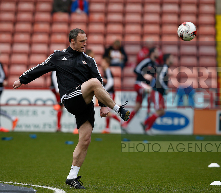 Andy Crosby in the warm up during the Sky Bet League One match at The Bramall Lane Stadium.  Photo credit should read: Simon Bellis/Sportimage