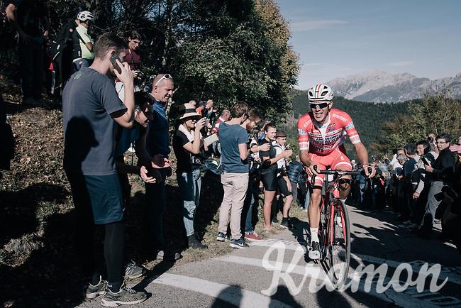 Davide Ballerini (ITA/Androni-Sidermec-Bottecchia) up the infamous Muro di Sormano (avg 17%/max 25%)<br /> <br /> Il Lombardia 2017<br /> Bergamo to Como (ITA) 247km