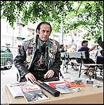 """Sebastiano, """"45 anni da guerriero"""" libro vivente della Biblioteca vivente di Barriera."""