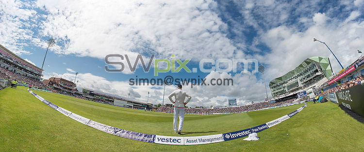 Picture by Allan McKenzie/SWpix.com - 21/05/2016 - Cricket - 2nd Investec Test - England v Sri Lanka - Headingley Cricket Ground, Leeds, England -  The brief.