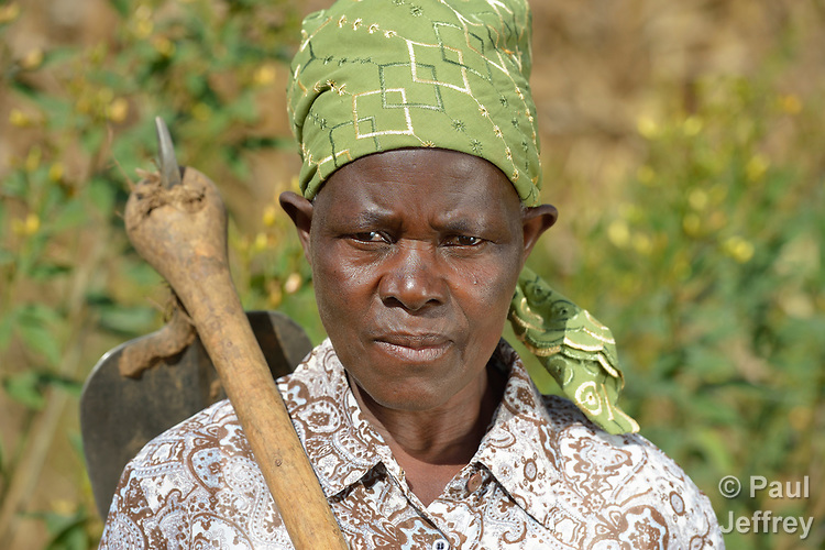 Ida Gumbo is a farmer in Edundu, Malawi. She and other farmers in the village have benefited from intercropping and crop rotation practices they learned from the Malawi Farmer-to-Farmer Agro-Ecology project of the Ekwendeni Mission Hospital AIDS Program, a program of the Livingstonia Synod of the Church of Central Africa Presbyterian.