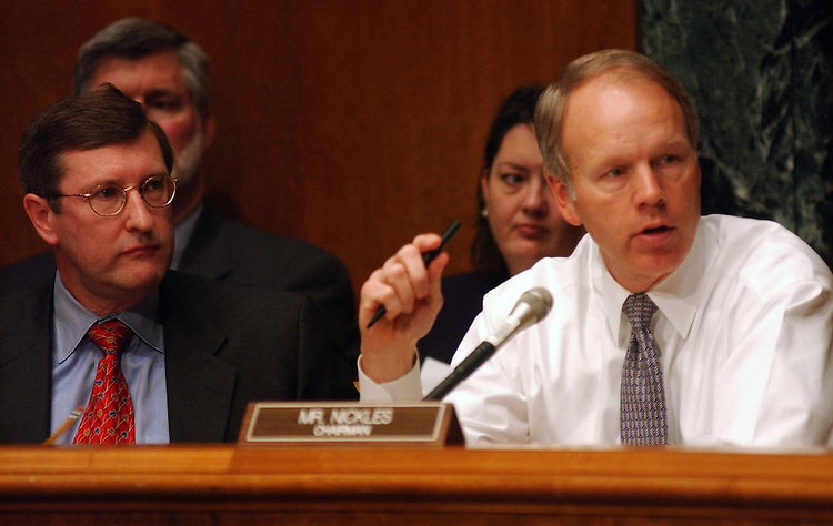 2/5/03.FY 2004 BUDGET--Ranking Democrat Kent Conrad, D-N.D., and Chairman Don Nickles, R-Okla., during the Senate Budget hearing with Mitchell E. Daniels Jr., director of the Office of Management and Budget, on the Bush administration's FY 2004 budget proposal. .CONGRESSIONAL QUARTERLY PHOTO BY SCOTT J. FERRELL