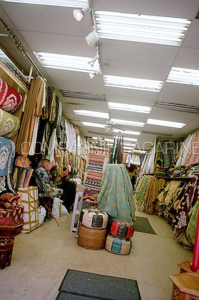 Dry goods shop in the Rue du Brabant in Schaerbeek, Brussels (Belgium, 22/05/2004)