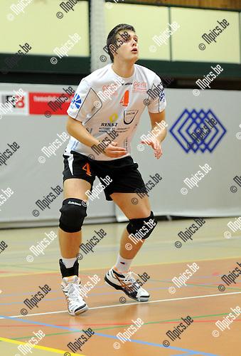 2012-10-07 / Volleybal / seizoen 2012-2013 / VC Herenthout / Jelle Perremans..Foto: Mpics.be