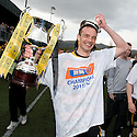 Alloa captain Darren Young with the 3rd Division Trophy.