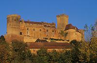 Europe/France/Midi-Pyrénées/46/Lot/Vallée du Céré/Bretenoux: château de Castelnau-Bretenoux construit du 12 au 17 e siècle