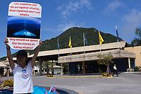 FLORIANÓPOLIS, SC, 10.09.2018 - IWC-SC - protesto durante de ongs ambientais 67ª reunião anual de Membros da IWC (International Whaling Commission) em Florianópolis nesta segunda-feira 10.(Foto: Naian Meneghetti/Brazil Photo Press)