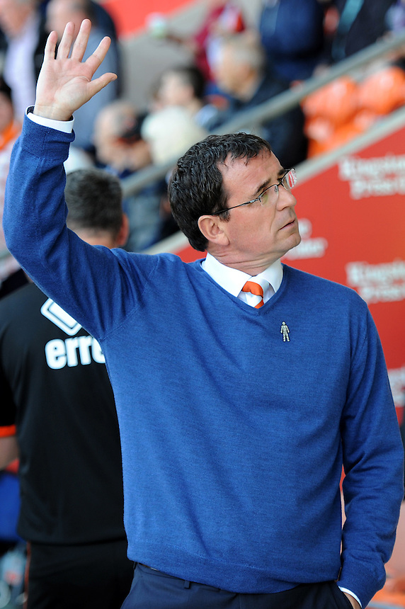Blackpool manager Gary Bowyer waves<br /> <br /> Photographer Richard Martin-Roberts/CameraSport<br /> <br /> The EFL Sky Bet League Two - Blackpool v Carlisle United - Saturday 17 September 2016 - Bloomfield Road - Blackpool<br /> <br /> World Copyright &copy; 2016 CameraSport. All rights reserved. 43 Linden Ave. Countesthorpe. Leicester. England. LE8 5PG - Tel: +44 (0) 116 277 4147 - admin@camerasport.com - www.camerasport.com