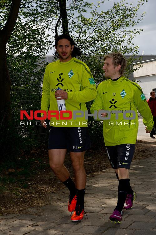 14.04.2011, Platz 5, Bremen, GER, Training Werder Bremen, im Bild Claudio Pizarro ( Werder #24 ) und Marko Marin ( Werder #10 )   Foto © nph / Kokenge