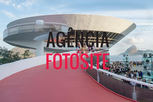 Louis Vuitton<br /> Rio de Janeiro<br /> Resort 2017<br /> 28.maio/2016<br /> <br /> foto: Marcelo Soubhia/FOTOSITE