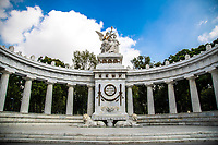 Hemicycle to Ju&aacute;rez, located in the Alameda Central of the Historic Center of Mexico City. Honors former Mexican president Benito Ju&aacute;rez cenotaph. Marble architecture White color. (Photo: Luis Gutierrez / NortePhoto.com)<br /> <br /> <br /> Hemiciclo a Ju&aacute;rez, ubicado en la Alameda Central del Centro Hist&oacute;rico de la Ciudad de M&eacute;xico. Honra al expresidente mexicano Benito Ju&aacute;rez cenotafio. Arquitectura de marmol. color blanco.  (Foto: Luis Gutierrez / NortePhoto.com)