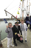 Jeanie Johnston 7-5-00.Jeanie JohnstonCaptain Mike Forwood pictured beside the  Jeanie Johnston replica famine ship with Rachel and sarah hayes from Tralee..Picture by Don MacMonagle
