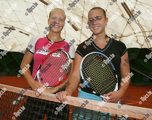 2008-07-17 / Tennis / Ine Nowe (L) met Tatiana Rodens..Foto: Maarten Straetemans (SMB)
